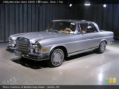 1971 Mercedes Benz 280SE 3.5 coupe low grille.