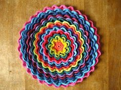 Crochet For Free: Blooming Flower Cushion