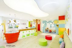 Dental Clinic for Children with a Gorgeous Design: Dent Estet 4 Kids Dental clinic for children with a gorgeous design Dent Estet 4 Kids - Hamid Nicola Katrib - www. Kindergarten Interior, Kindergarten Design, Medical Office Design, Children's Clinic, Dentist Clinic, School Reception, Daycare Design, Dental Design, Playrooms