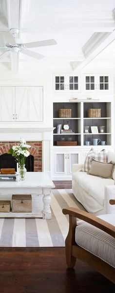 Living Room ~ Armstrong Point, Lake Rosseau, Canada // Traditional Coastal Chic Interior Design // Clean Crisp Lines Coastal Living Rooms, My Living Room, Home And Living, Living Room Decor, Living Spaces, Coastal Cottage, Modern Living, Living Area, Barn Living