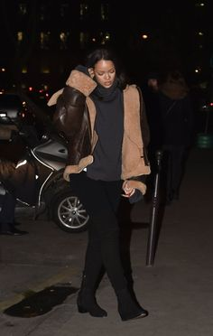 Paris Caviar Kaspia Les Vetements Brown Leather Shearling Jacket and Chanel Suede Over the Knee Boots Sherling Jacket, Leather Jacket, Daily Fashion, Fashion News, Chanel Boots, Over The Knee Boots, Grey Sweater, Fashion Boots, Autumn Winter Fashion