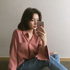 super Ideas for hair short ulzzang outfit Ulzzang Short Hair, Ulzzang Girl, Ulzzang Fashion, Asian Fashion, Korean Girl, Asian Girl, Girl Short Hair, Asian Style, Swagg
