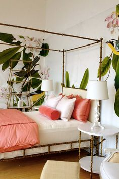 19 Chic Ways to Use Coral in Your Home #purewow #home #decor Tropical Bedroom Decor, Tropical Bedrooms, Tropical Decor, Modern Tropical, Tropical Design, Bedroom Red, Home Bedroom, Bedroom Ideas, Bedroom Designs