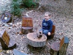 Log Seats! Awesome, this is a perfect idea for a kids play set, you know it's durable so you won't have to worry about it breaking after a week! As a fun project you can even get the kids to paint it whatever colours they want! Or if you don't have kids make yourself an adult sized one! #wood #fun