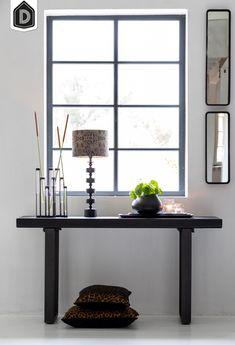 Of je nu op zoek bent naar een groot of een wat kleiner meubel, voor mooie en kwalitatieve tafels in iedere stijl zit je bij ons goed! Zoals bijvoorbeeld side table MAYEN, uigevoerd in mat zwart hout.   #dutchhomelabel#lightandliving#lightliving #verymodern #sidetable #hout#interieurinspiratie  #interieurstyling#binnenkijken Modern Side Table, Entryway Tables, Furniture, Home Decor, Products, Decoration Home, Room Decor, Home Furnishings, Home Interior Design