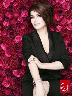 women can't order food' Nigella Lawson on the cover of the January edition of Red MagazineNigella Lawson on the cover of the January edition of Red Magazine Gorgeous Women, Beautiful People, Glamour, Perfect Woman, Style Icons, Celebrity Style, Sexy Women, Hair Beauty, Celebs