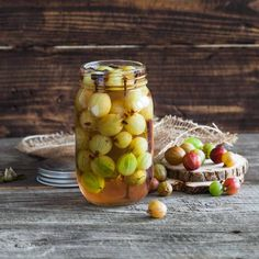 12 Crispy Benefits of Pickle Juice + How to Down it Easier - Healthwholeness Chutneys, How To Grow Gooseberries, Pickle Juice Benefits, Edible Garden, Juice Cleanse, Pesto, Smoothies, Wordpress, Snacks