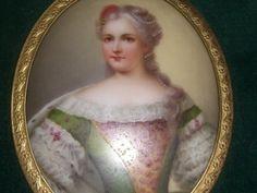 Antique Miniature Porcelain Portrait Ptg RARE Maria Theresa 9 1 4 x 7 1 4 Maria Theresa, Miniature Portraits, Marie Antoinette, Porcelain, Miniatures, Plate, Sculpture, Button, Antiques