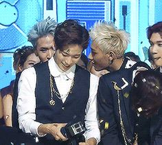 Oh my word, Tao comforting Ravi in the back. <3 And N and Leo crying too! Just too precious. :)