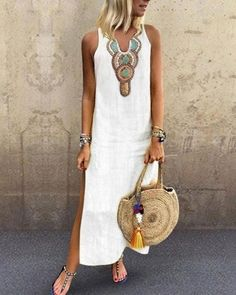 Latest fashion trends in women's Dresses. Shop online for fashionable ladies' Dresses at Floryday - your favourite high street store. Latest Fashion For Women, Latest Fashion Trends, Womens Fashion, Fashion Online, Cheap Fashion, Robes Vintage, Vintage Dresses, Casual Dresses, Summer Dresses
