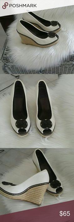 Tory burch shoes Tory Burch shoes ,like new! Tory Burch Shoes Heels