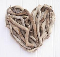 Stunning handmade driftwood heart   eBay