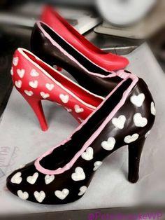 I <3 you. Dark chocolate high heels with white chocolate hearts. @peterbrookewp
