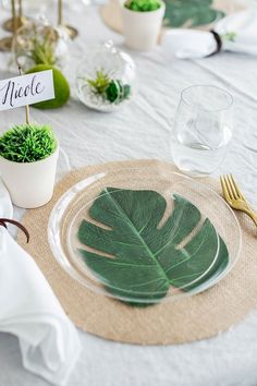Find and shop thousands of creative projects, party planning ideas, classroom inspiration and DIY wedding projects. Tropical Party, Tropical Decor, Sunset Party, Estilo Tropical, Boho Home, Table Set Up, Table Arrangements, Deco Table, Decoration Table