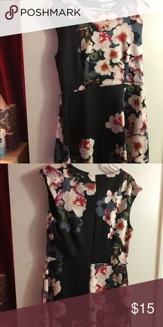 Women's dress Fun floral knee length dress. Zippers in back. Has belt loops on sides for thin belt but can be worn without. Great with boots or sandals. Never worn. Not my style now. heidi weisel Dresses