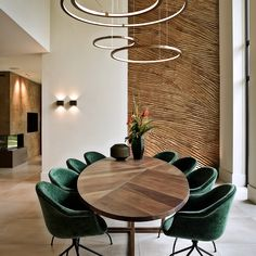 Luxury Dining Room, Dining Room Design, Dining Area, Dining Table, Oval Table, Fancy Houses, Dining Room Inspiration, Art Of Living, Vide