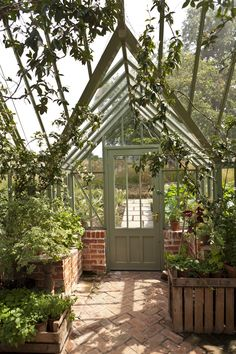 Its all in the details. The Pig in the Forest have made their greenhouse their own with unique flooring and stylish details. www.alitex.co.uk