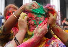 Image: Festival of Colours (© REUTERS/Rupak De Chowdhuri)