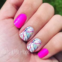 Neon and Fun Paint Splatter Nails! This awesome neon manicure is Color Street! Paint Splatter nail a Neon Nail Art, Funky Nail Art, Nail Polish Art, Funky Nails, Neon Nails, Cute Nails, Pretty Nails, Toe Nail Color, Color Street Nails