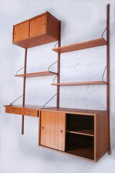 1960s PS System Shelving System