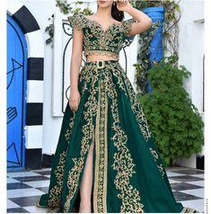 """discover tunisia 🇹🇳 on Instagram: """"#الفوطة_والبلوزة_التونسية #الكسوة_التونسية #اللباس_التقليدي_التونسي #التبديلة_التونسية"""" Traditional, Formal Dresses, Fashion, Long Dress Formal, Dresses For Formal, Moda, Formal Gowns, Fashion Styles, Formal Dress"""