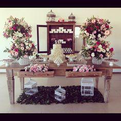 #mulpix Mesa de doces no Casamento de hoje!!! Aline e Camilo - Hotel Orion Itatiba  com acessoria de @lumarinleite  #tudolindo #casamento #wedding #itatiba #orion #santocacau