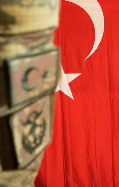 Korkma sönmez bu şafaklarda yüzen al sancak Hagia Sophia, Insta Photo Ideas, Ottoman Empire, Istanbul Turkey, Eastern Europe, Mosaic, Wallpaper, Instagram, Turkey Country