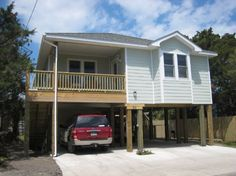 So Dandy a 3 Bedroom  Rental House in Ocracoke, part of the Outer Banks of North Carolina. Includes Hi-Speed Internet. Pet Friendly. Non-Smoking.
