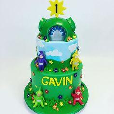 Teletubbie cake  #teletubbies #sugar #cookies #customcake #cakeinacupny #cakeinacupny #kids #cakemaster #allcake #allsugar #alledible #satinice #Dipsy #Laa-Laa #Po #laalaa #TinkyWinky #birthday #favors #purple #happy #1stbirthday #gavin @teletubbies_tv @teletubbies_video #ckproducts @westchstrnymoms #westchestermoms
