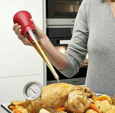 Perfect the art of cooking a succulent roast dinner with the help of this compact roasting set, it includes a baster, a leave-in thermometer and a handy cleaning brush. Perfect Turkey, Kitchen Magic, Cooking Temperatures, Roast Dinner, Joseph Joseph, Roasted Meat, Cast Iron Cooking, Oven Cooking, Nesting Bowls