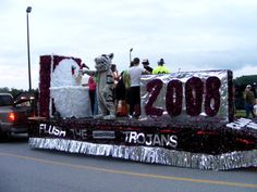 images of homecoming parade floats | ... High School Class of 2008 Homecoming Float Michele Doolittle