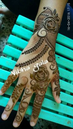 Henna Henna Hand Designs, Mehndi Designs Finger, Rose Mehndi Designs, Simple Arabic Mehndi Designs, Mehndi Designs 2018, Mehndi Designs For Girls, Modern Mehndi Designs, Wedding Mehndi Designs, Mehndi Designs For Fingers