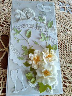 Papierowo zakręcona    : Kwiaty z Foamiranu na ślubnej pamiątce