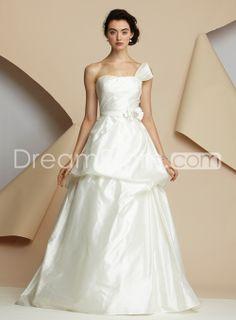 Elegant A-line Strapless Floor-Length Chapel Ruched Wedding Dresses