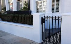 front garden wall metal rail and gate black and white mosaic tile path london Front Patio, Garden Wall, Victorian Terrace, Front Door, Victorian Front Garden, Small Front Gardens, House Front, Terrace House Exterior, House Entrance