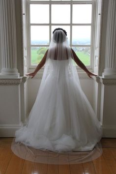1T Single Layer Floor Length White Wedding Bridal Veil with Comb