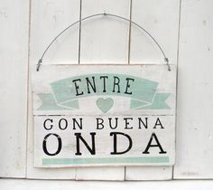 Entre on buena onda Business Design, My Room, Ideas Para, Hand Lettering, Diy And Crafts, Sweet Home, Room Decor, Crafty, Painting