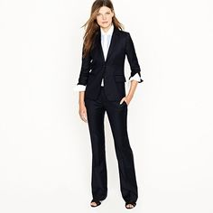 Need a good, versatile suit... I think this could be it!