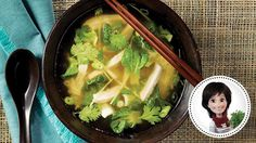 Soupe-repas thaïe au poulet de Josée di Stasio. Recettes IGA