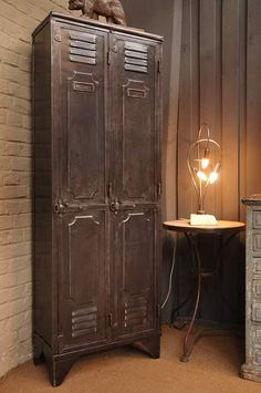 Salvaged & Re-purposed: Vintage Lockers. Add an industrial feel and valuable storage space by recycling old metal lockers. Furniture, Industrial Decor, Industrial Furniture, Industrial House, Industrial Interiors, Vintage Industrial, Vintage Decor, Vintage Lockers, Vintage Industrial Furniture