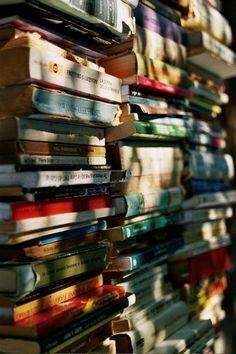 I really do like books. I wish I had a library (or multiple book shelves altogether somewhere) where all our bo. Stack Of Books, I Love Books, Books To Read, World Of Books, Book Aesthetic, Book Nooks, Library Books, Reading Books, Book Photography