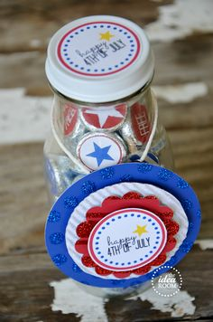 4th of July free printable kiss stickers and bottle labels!