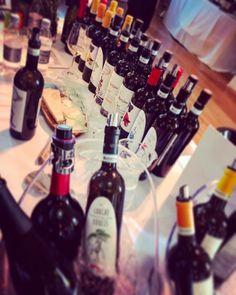 Buy Italian red, white, rose, sparkling wine online in England, UK Italian Wine, Wine Festival, Wine Online, Sparkling Wine, The Conjuring, Wine Tasting, Home Art, Wine Rack, Sparkle