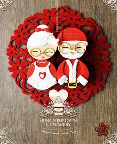 Mr & Mrs Claus  Cake by Sheryl BITO