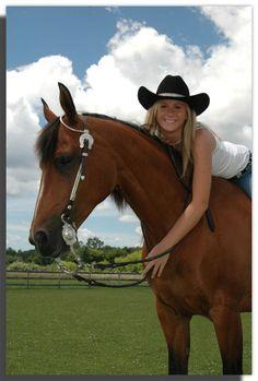 senior pictures with horses   Mid Michigan Senior Portrait Photography