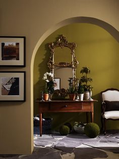 HGTV® HOME by Sherwin-Williams - Rustic Refined - Creamy (SW 7012), Outerbanks (SW 7534), Antiquity (SW 6402)