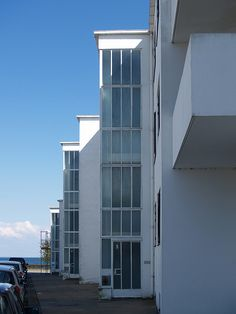 Arne Jacobsen, bellavista housing, Copenhagen, 1931-1934. #allgoodthings #danish #architecture spotted by @missdesignsays