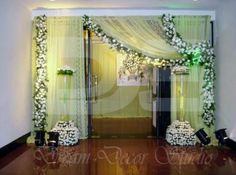 Ideas For Diy Decorations Party Wedding Entrance Arch Decoration, Marriage Decoration, Wedding Stage Decorations, Diy Party Decorations, Flower Decorations, Reception Entrance, Wedding Entrance, Entrance Decor, Entrance Ideas