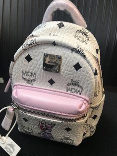 MCM(エムシーエム)白ピンクの小型リュック(使用感BLOG記載) Fashion Backpack, Backpacks, Bags, Handbags, Dime Bags, Backpack, Totes, Hand Bags, Purses