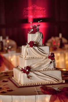 Wedding Cake - Simpl
